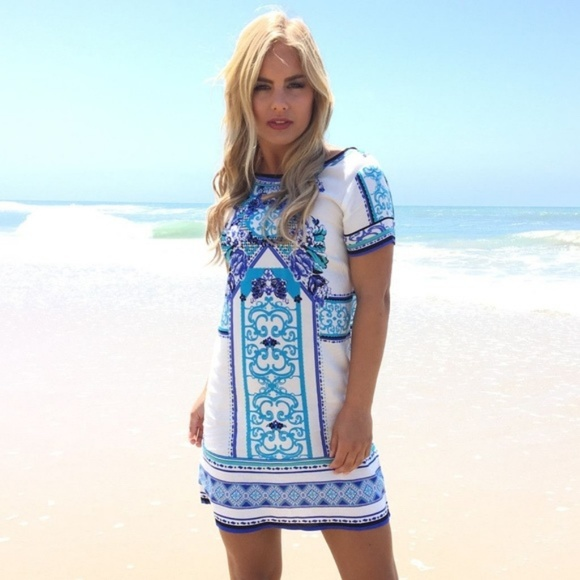 Dainty Hooligan Dresses & Skirts - Dainty Hooligan Short Sleeve Blue Print Dress